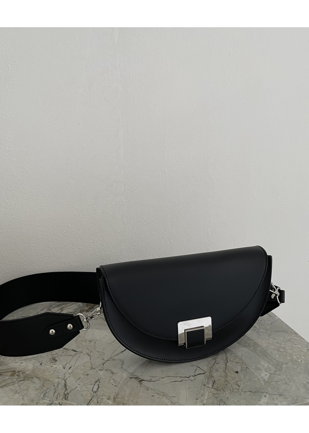 Moon saddle bag nero silver touch